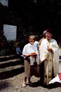 Pr. Dumitru Popa si Aurica Popa la Soultzmatt, de Ziua Eroilor hp 1