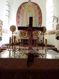 Absida altarului 3