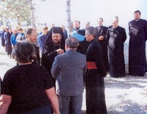 Aldeni 5 Mai 2004 - Inmormantarea Parintelui Popa hp 1
