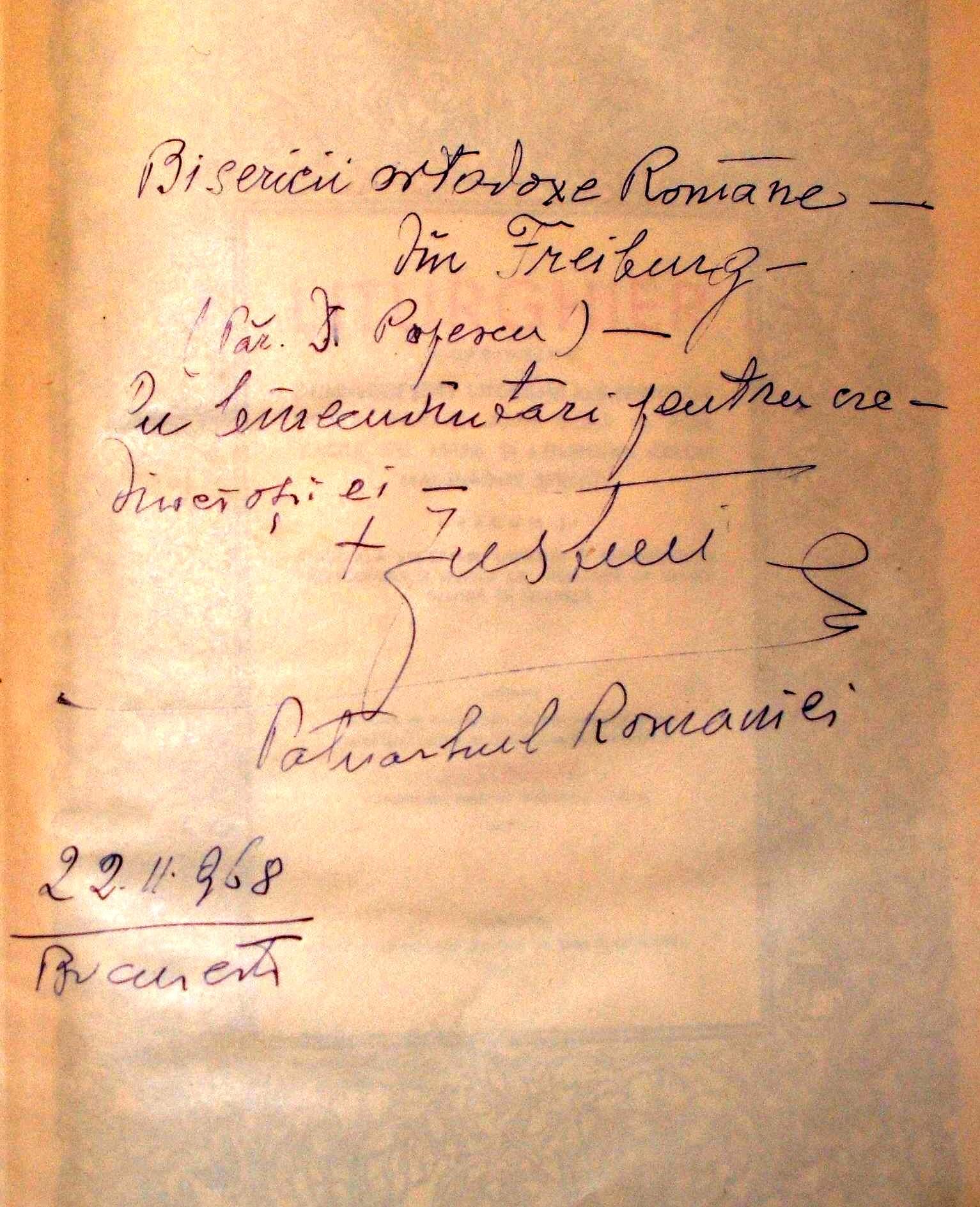 Justinian Patriarhul dedicatie pe Liturghierul catre Pr. Popa hp 1