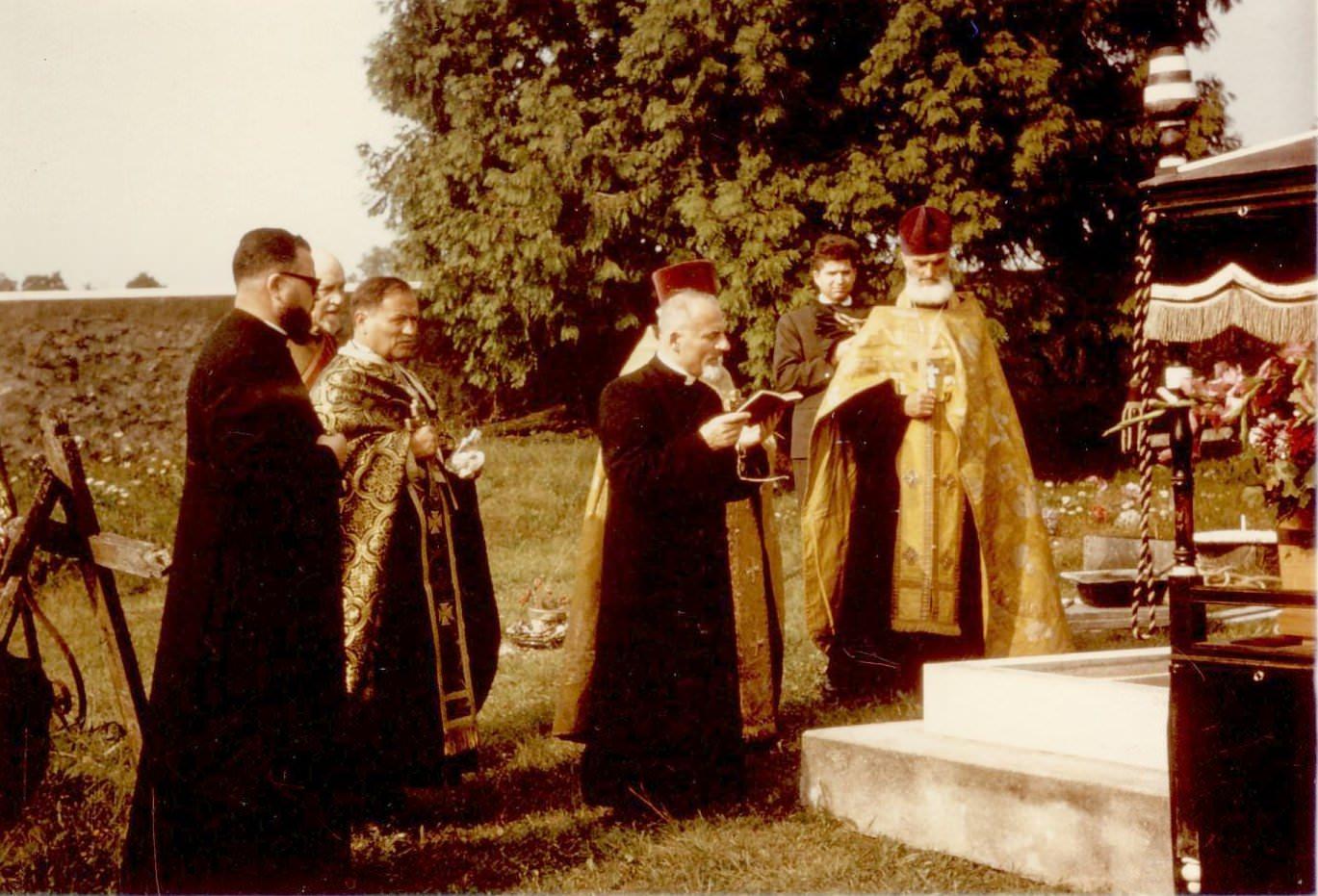 Mitropolitul Visarion Puiu - cimitirul din Viels-Maisons (Aisne) hp 3